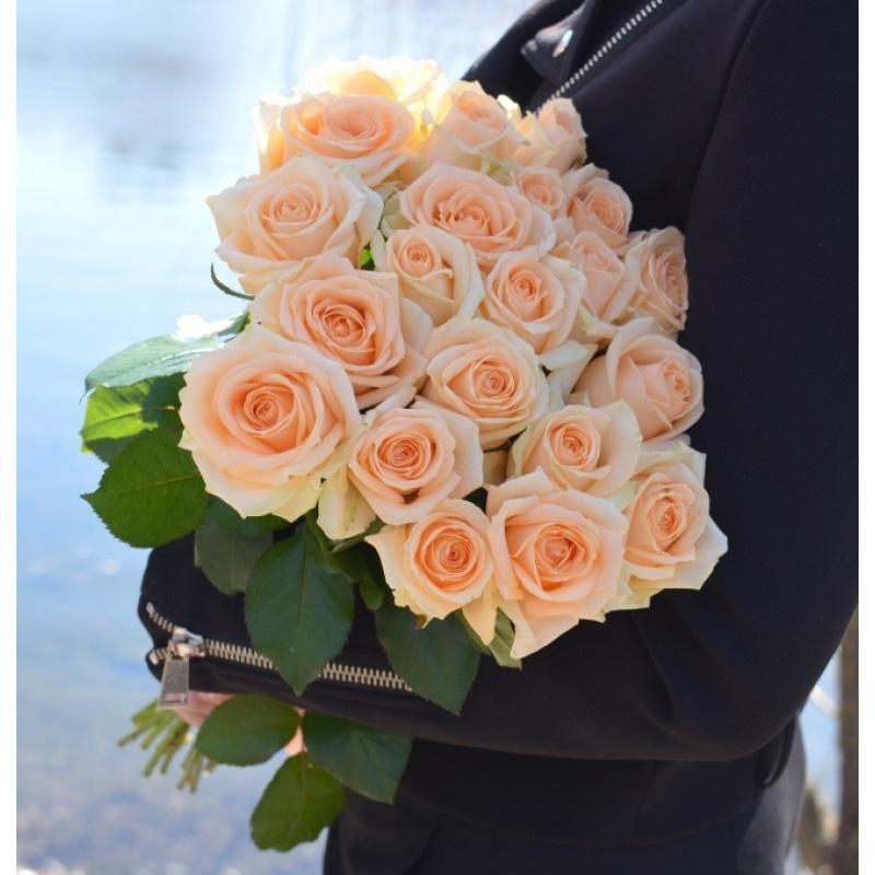 """Букет """"Ванильный вечер"""" из 21 розы"""