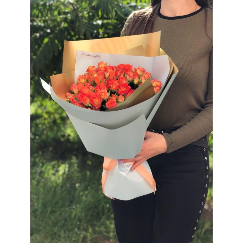 """Букет """"Сочное утро"""" из 21 кустовой розы"""