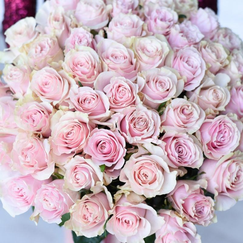 Букет из 51 розы Аваланж Свит