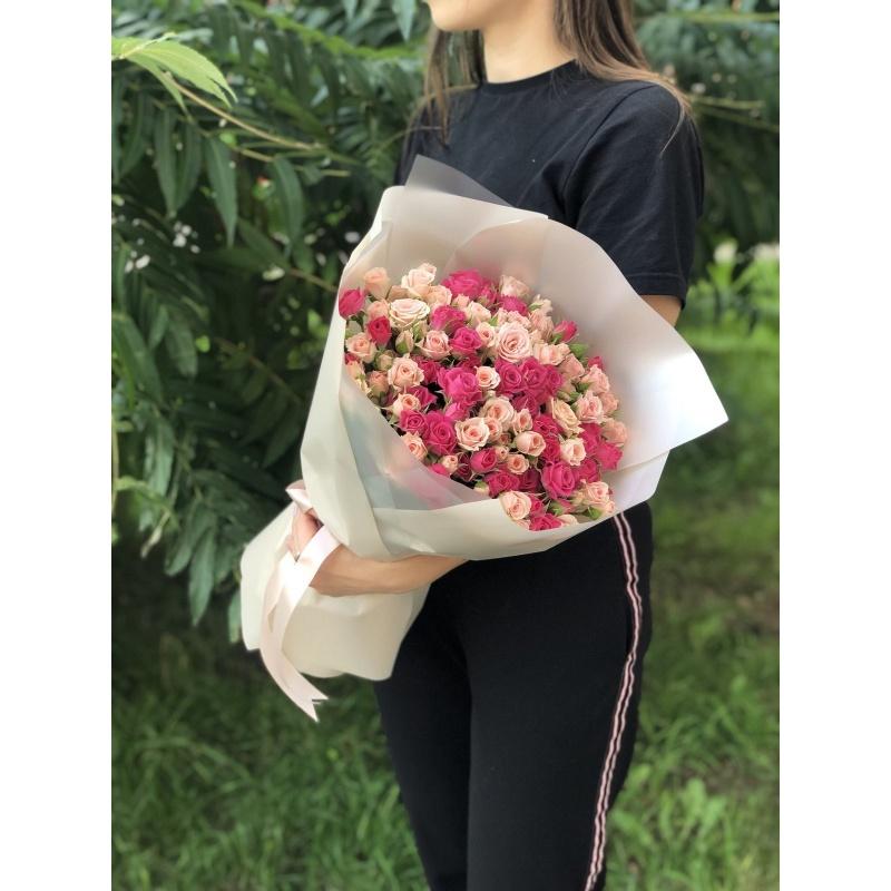 """Букет из 25 кустовых роз """"Мисти"""""""